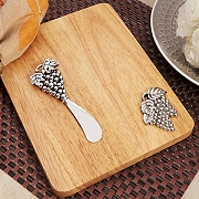 Cheese Cutting Board With Grapes Design