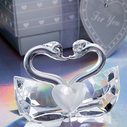 Choice Crystal Kissing Swans