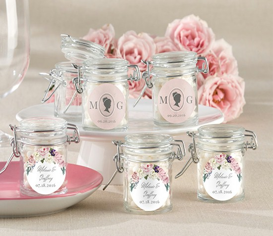 Glass Jars As Wedding Favors