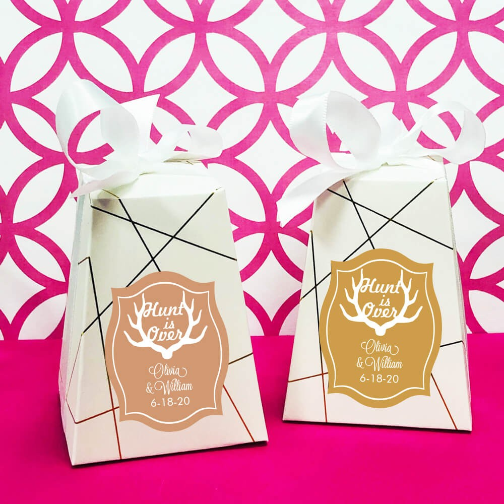 Make Your Own Wedding Favor Ideas: Rustic Theme Personalized Wedding Favor Boxes, Hunt Is Over