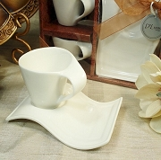 Espresso Cup with Biscotti Plate (set of 2)